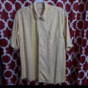 Tommy Bahama Short Sleeve Button Up Shirt